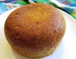готовый пирог разрезаем через 3 часа после выпекания
