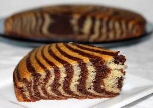 готовый пирог подаем холодным с чаем или кофе