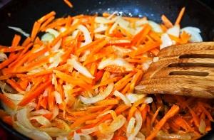обжариваем овощи 20 минут
