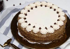 ставим готовый торт в холодильник на ночь