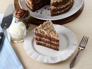 готовый торт подаем с кофе