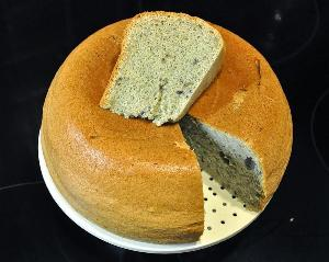 готовый хлеб подаем к первым и вторым блюдам