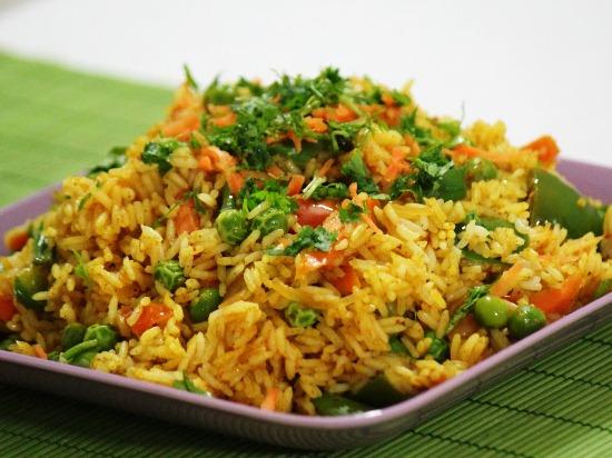 Рецепт риса с овощами на гарнир в мультиварке