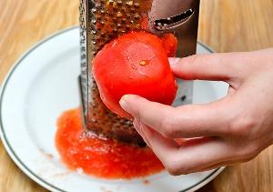 нарезаем и смешиваем ингредиенты