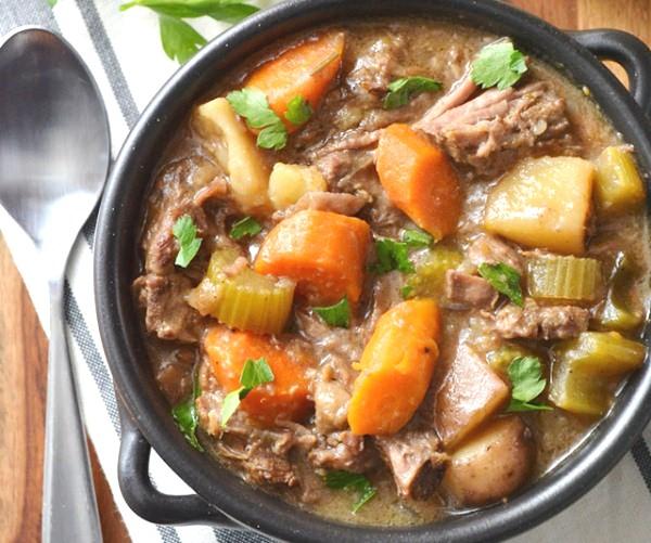 Рецепт уха из консервы с рисом и картошкой