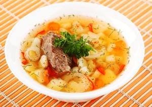 Подаем суп с говядиной на стол