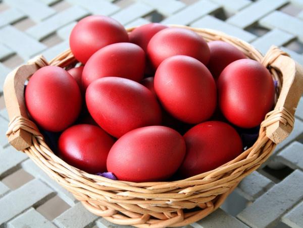 чем покрасить яйца на пасху в домашних условиях