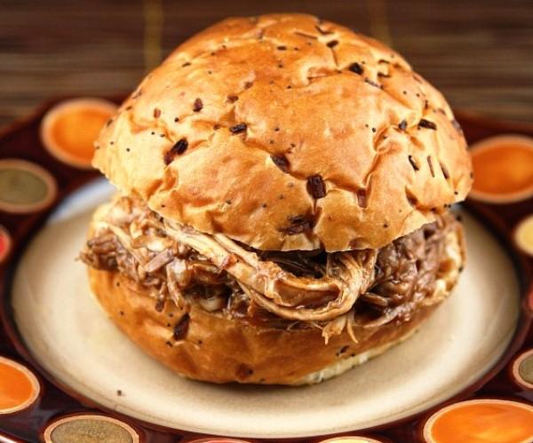 Свинина запеченная в мультиварке для бутербродов