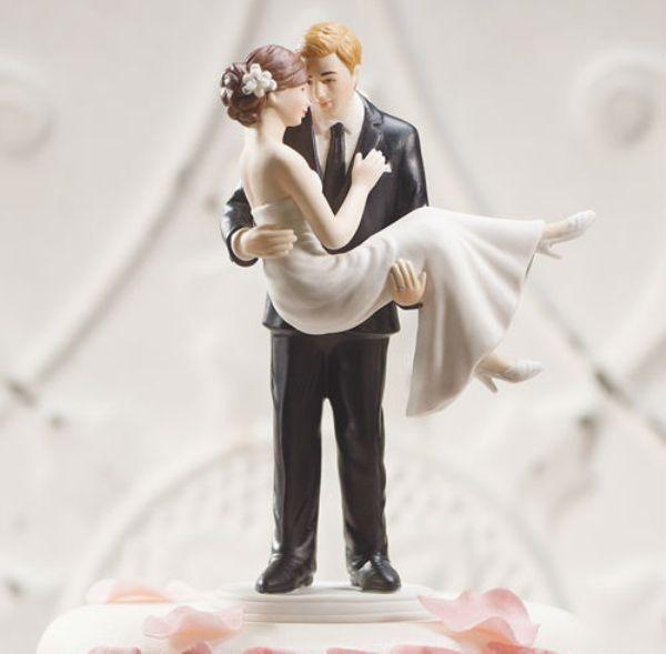 svadebnyie-figurki-na-tort-10