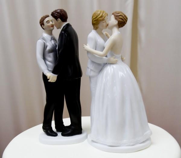 svadebnyie-figurki-na-tort-11