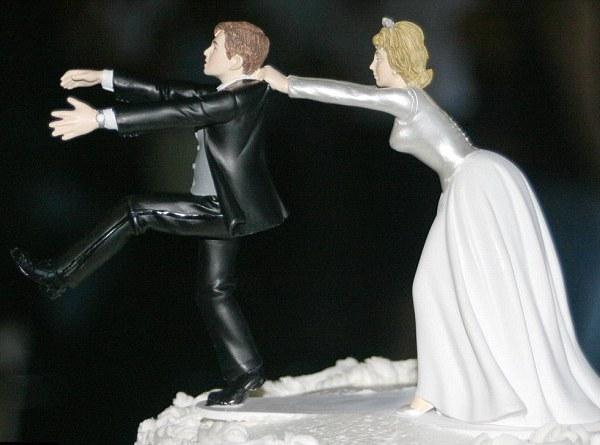 svadebnyie-figurki-na-tort-13