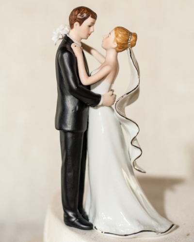 svadebnyie-figurki-na-tort-2