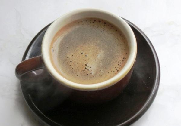 Добавляем коньяк и кофе