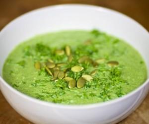 Суп-пюре из шпината с молоком
