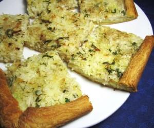 Открытый рыбный пирог с рисом и тилапией