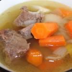 Суп на говяжьем бульоне с овощами