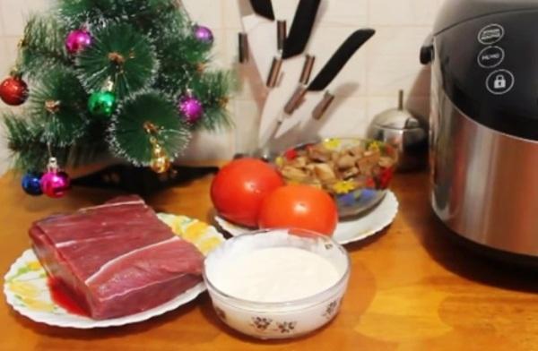 Перед готовкой немного замораживаем мясо
