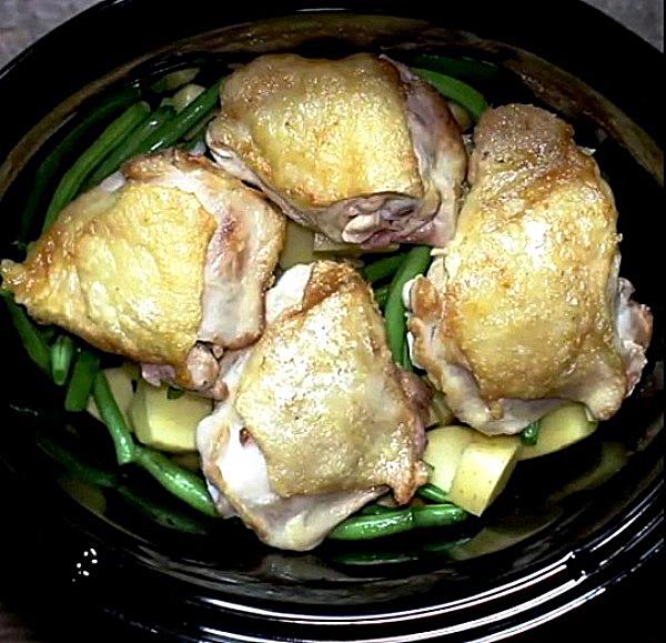 Рецепт тушеной картошки с курицей в мультиварке