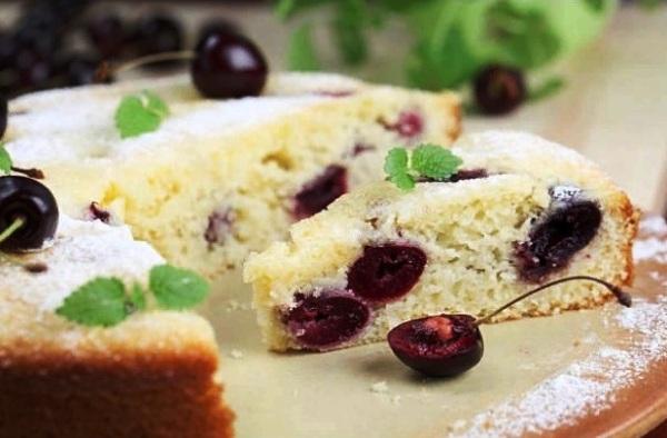 Пирог с замороженными ягодами рецепт