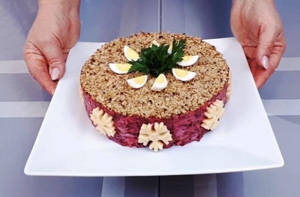 Вкусный салат из свеклы вареной рецепт