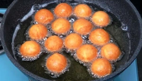 Творожные шарики жареные в масле рецепт пошагово