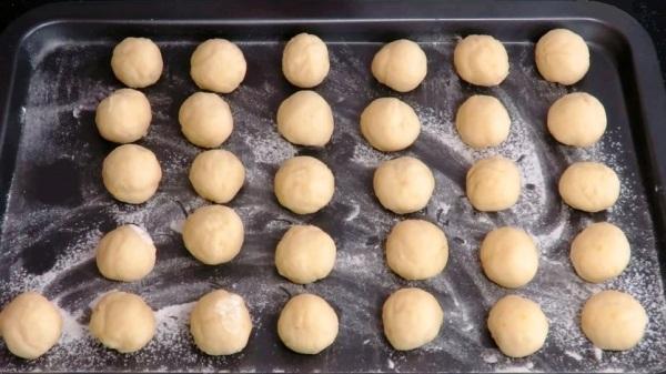 Как приготовить творожные шарики
