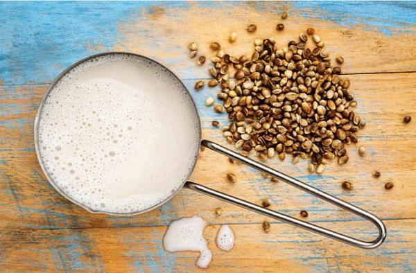 Молоко полезные свойства и противопоказания