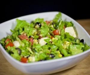 Вкусный салат с тунцом консервированным