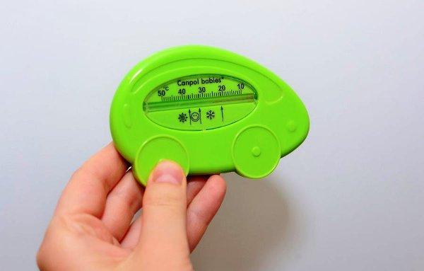 Проверяем температуру и влажность на кухне