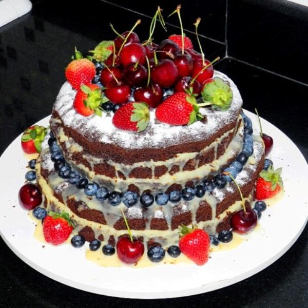 Голый свадебный торт