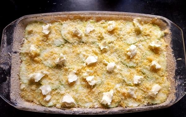 Кабачки запеченные с сыром и чесноком