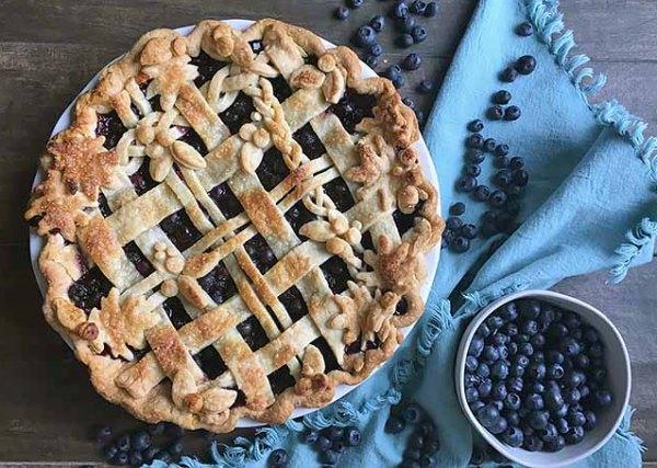 Пирог с черникой простой рецепт