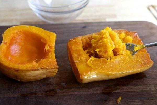 Пюре из тыквы используем для добавления в тесто