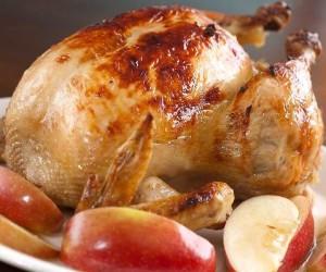 Курица с яблоками в духовке целиком рецепт