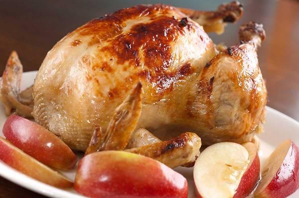 Что приготовить с яблоками в духовке
