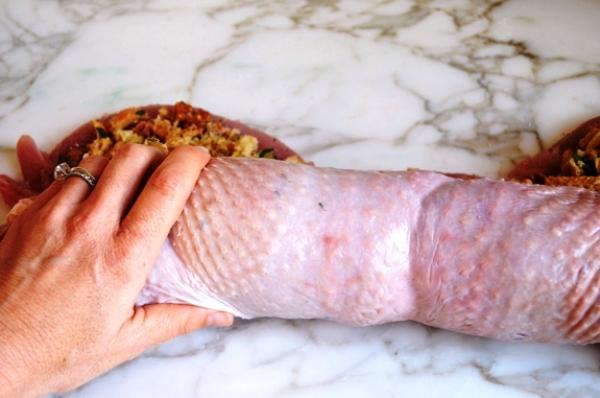 Рулет из филе индейки в духовке рецепт