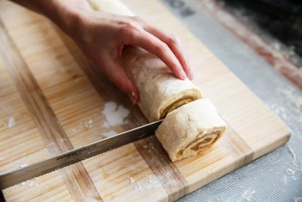 Рецепт сдобной булочки с корицей фото