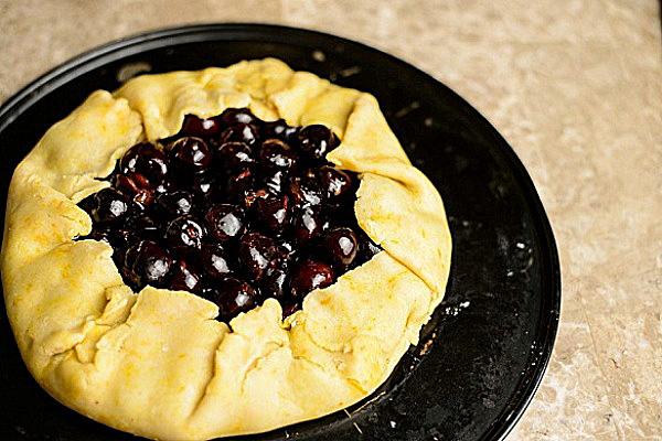 Простой вишневый пирог рецепт с фото