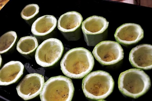 Готовим кабачковые чашки