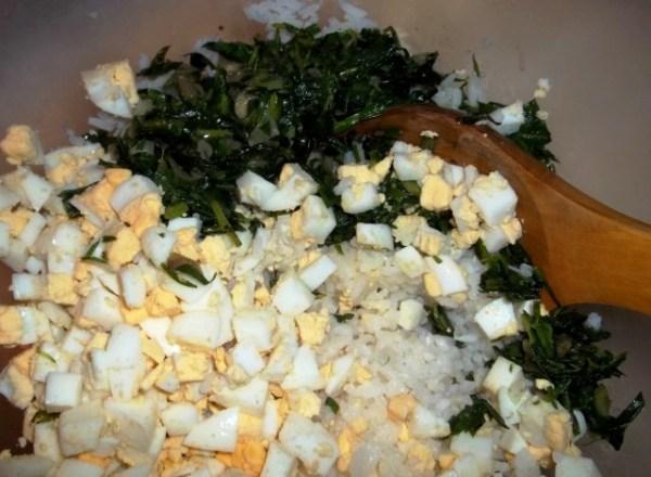 Начинка для пирогов из риса с яйцом