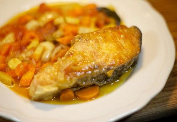 Как запечь стейк лосося в духовке