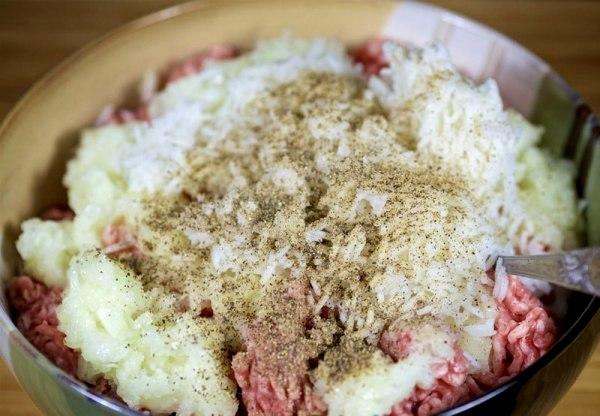Тефтели в сливочном соусе на сковороде