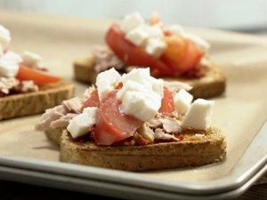 Горячие бутерброды с тунцом фото рецепт Коломна