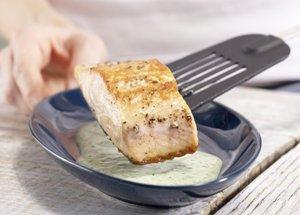 Жареный лосось с зеленым соусом фото рецепт Коломна